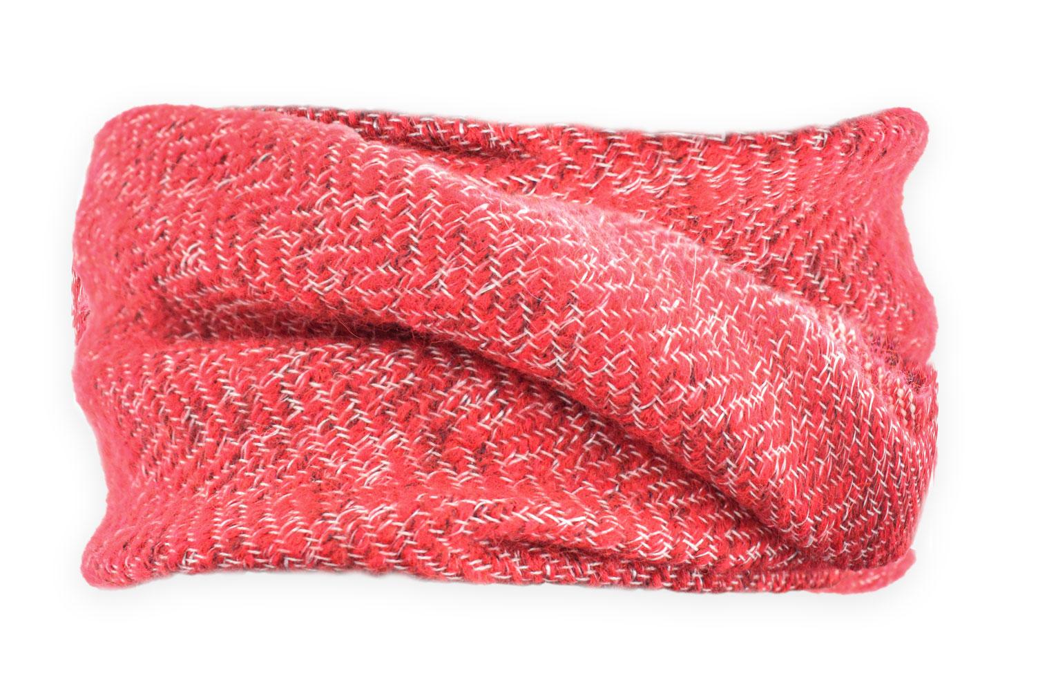 cuello color coral dibujo en espigas