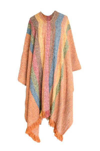Poncho de lana a rayas