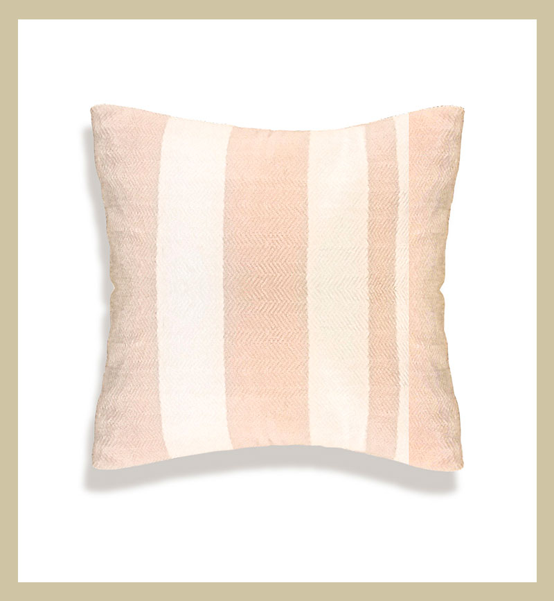 Cojín de algodón 100% tejido en sarga.